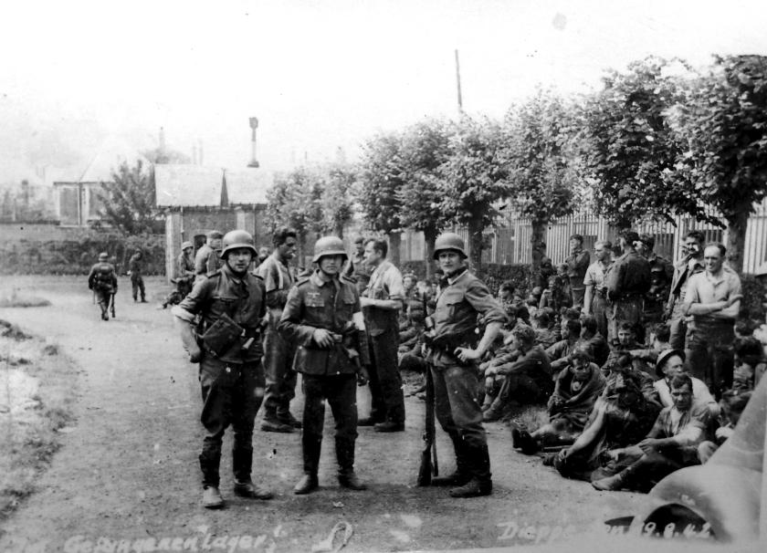 Voorspel D-Day werd een fiasco  (nd en Ron Akinesen)