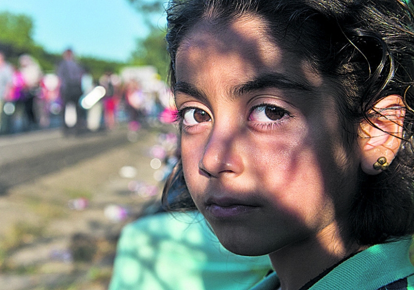Bommen op ISIS helpen de Syriërs niet  (ap / Boris Roessler)