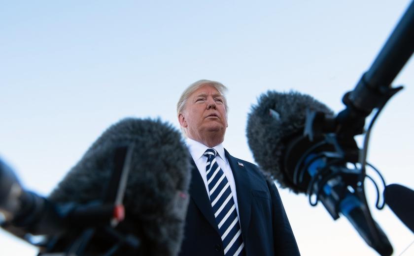 Donald Trump dreigde met ontwikkelen van kernwapens die nog verboden zijn.  (afp / Nicholas Kamm)