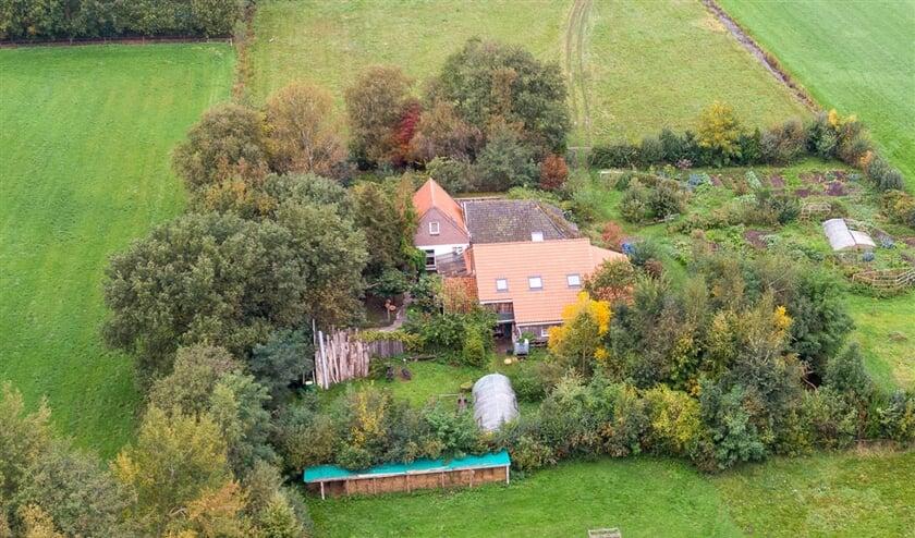 In een boerderij in Ruinerwold zat negen jaar lang een gezin met vijf kinderen opgesloten. De familie was niet in beeld bij instanties.  (anp / Wilbert Bijzetter)