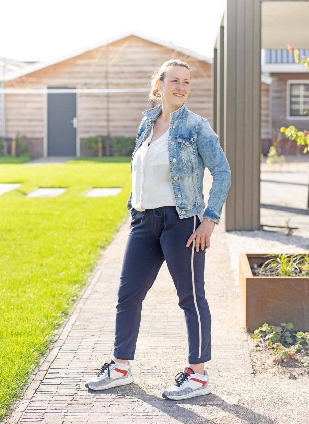 De kledingstijl van Lydia van den Top: 'Ik shop graag in boetiekjes waar je prettig advies krijgt'   (Niek Stam)