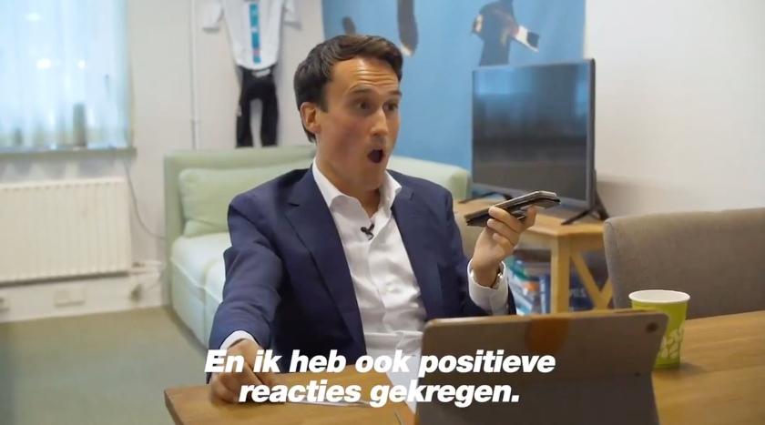 Paul Smeulders deelde beelden van het telefoongesprek met de recruiter van Imperial Tobacco Nederland op Twitter.  (twitter)