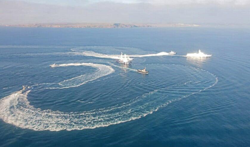 Gevaarlijke botsing tussen Oekraïne en Rusland over toegang tot de Zee van Azov  (nd en graphic news)
