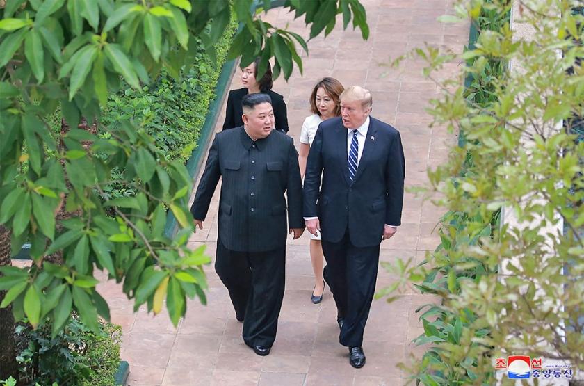 Kim en Trump in Hanoi.  (afp)