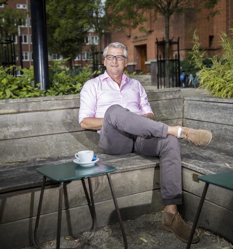 De zomer van ds. Bas van der Graaf: de Bijbel blijft dicht   (Jeroen Jumelet)