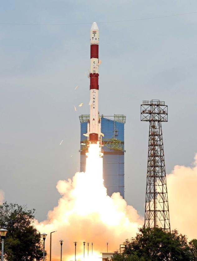 Lancering van Indiase satelliet.   (epa)