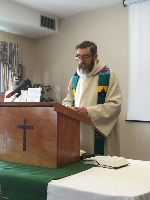 Dominee Jan Willem Doff, een van de voorgangers in de Algarvekerk.   (interkerkelijk algarve pastoraat)