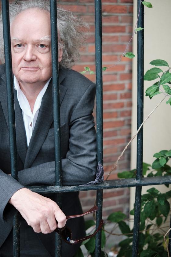 Jan Bor: 'Een smartphone zie ik als een bedreiging van onze vrijheid.'   (Dick Vos)