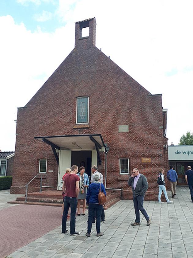 Het gebouw van de GKv in Ulrum.   (nd)
