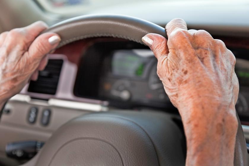 Een lichte of beginnende vorm van alzheimer hoeft de rijvaardigheid niet aan te tasten.