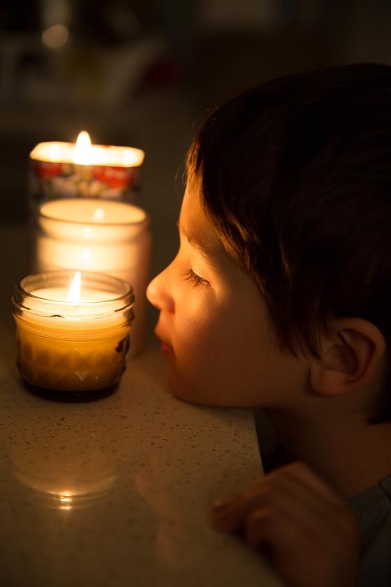 Kinderen kun je serieus nemen in hun spiritualiteit door bijvoorbeeld met hen te mediteren.   (istock)
