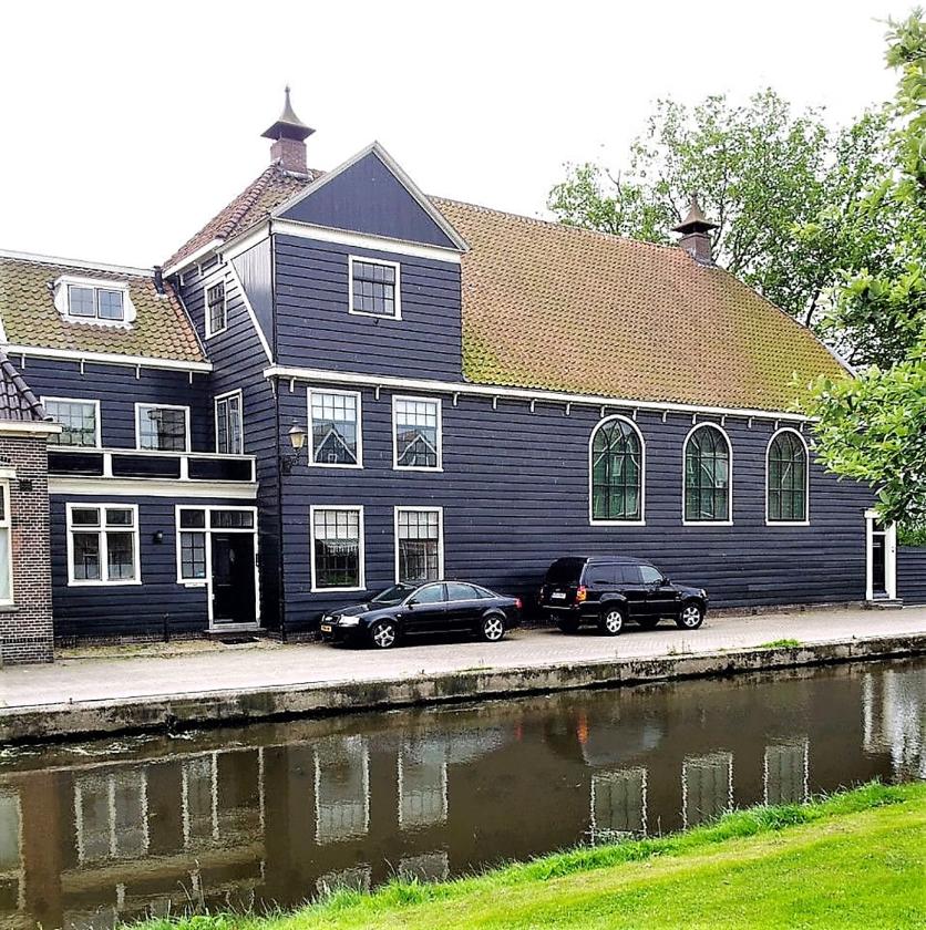 In Zaandam krijgt de schuurkerk een nieuwe bestemming: kamermusici kunnen er straks oefenen voor concerten.   (nd)