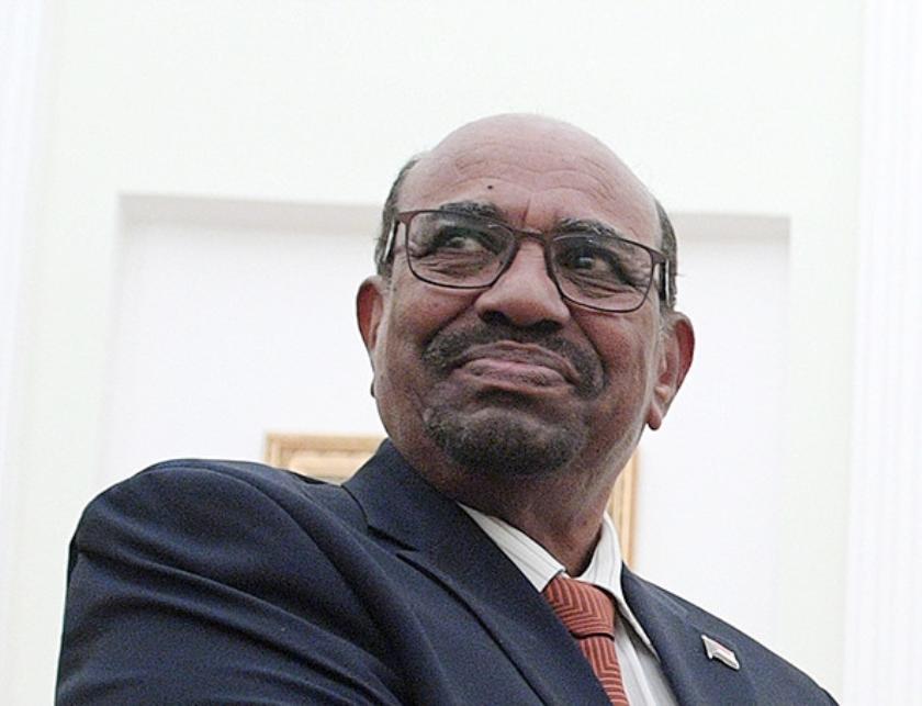 President Omar Hassan al-Bashir  (epa / Alexei Druzhinin)
