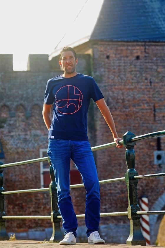 Johan Bonte sprong met zijn duurzamekledinglijn in het diepe. 'Beter het een keer zonder succes te hebben geprobeerd, dan er maar over blijven dromen.'   (Jaco Klamer)