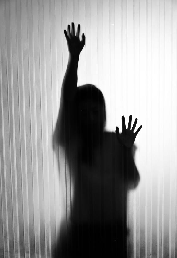 Huiselijk geweld is vaak al jaren aan de gang voordat het naar buiten komt. De stap om hulp te zoeken is vaak groot.  (istock)