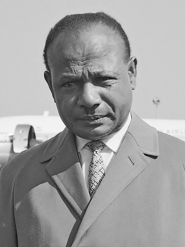 In memoriam: Nicolaas Jouwe (1924-2017), voorvechter voor Papoea's   (wikipedia)