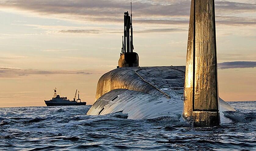 De Yury Dolgorukiy (K-535) is een van de nieuwste Russische onderzeeërs met ballistische kernwapens aan boord.  (Sevmas werf)
