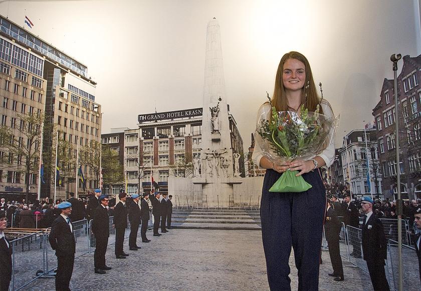 Winnaar van de Dichter bij 3 mei-wedstrijd Gytha te Nijenhuis. 'We moeten beseffen wat er gebeurd is. Er mag niet opnieuw een oorlog uitbreken.'  (Bithe Kulik)