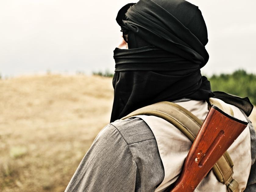 Veel van de Nederlandse jihadisten zijn opgegroeid als het zoveelste kind in een gebroken gezin met een (geestelijk) afwezige vader, een geketende hulpeloze moeder, als een vreemdeling in Nederland en een vreemdeling in het herkomstland.  (istock)