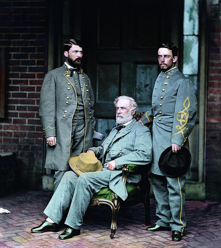 Generaal Robert E. Lee, aanvoerder van het Amerikaanse Zuiden tijdens de Burgeroorlog, op 16april 1865. Zeven dagen eerder hebben hij en het leger van Noord-Virginia zich overgegeven aan Ulysses B. Grant.   (uit besproken boek)