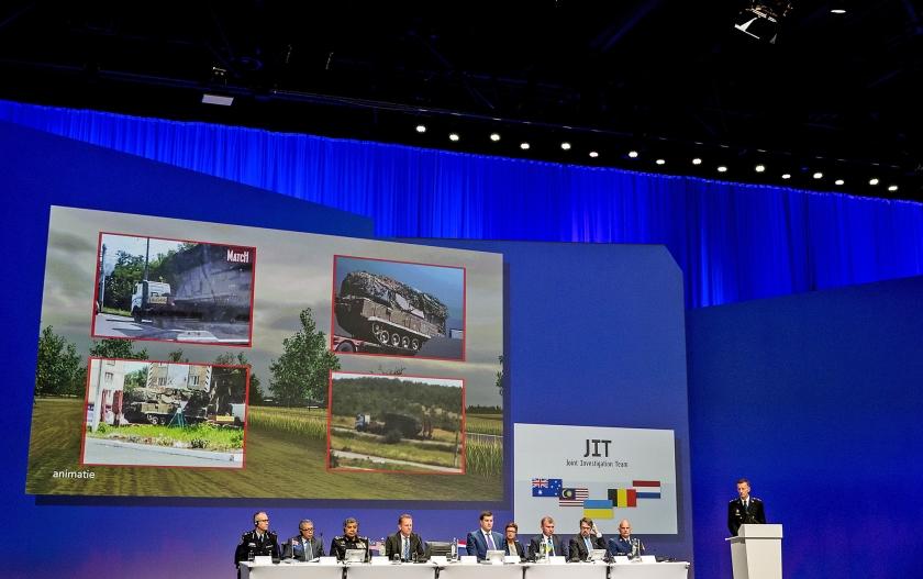 Leden van het Joint Investigation Team geven opening van zaken over hun onderzoek naar de ramp met vlucht MH17.  (anp / Koen van Weel)
