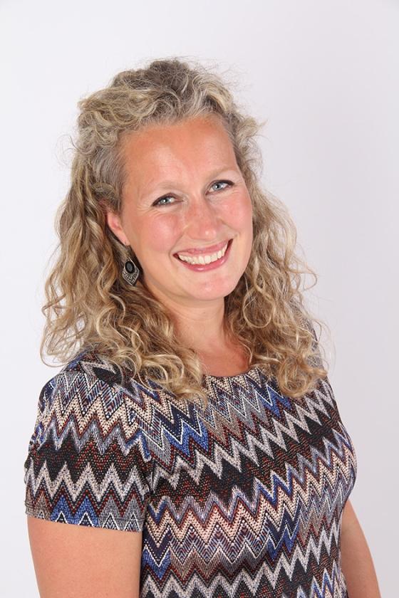 Tirza van Laar   (Marieke Poel)
