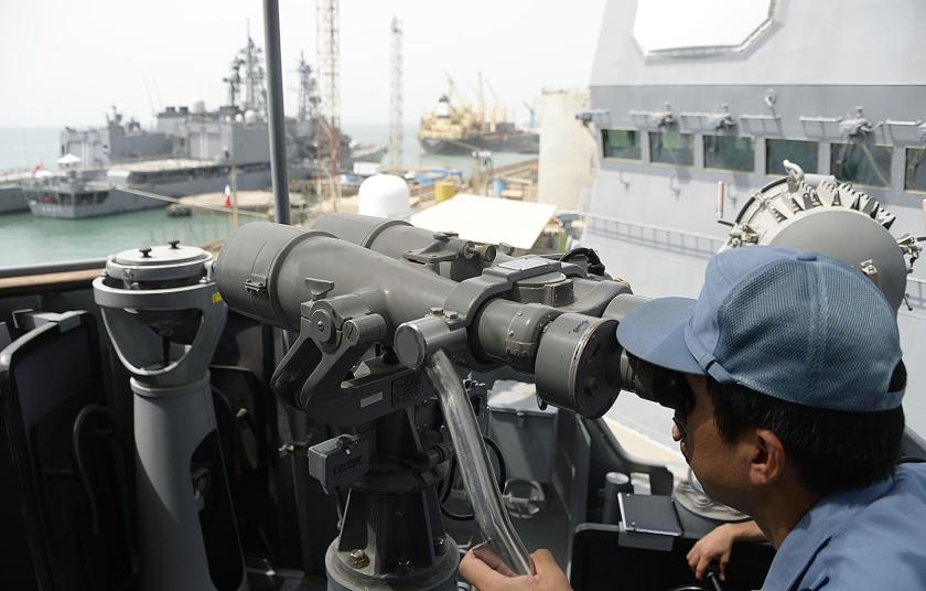 Archieffoto van een Japanse torpedobootjager in de haven van Djibouti. Net als China, de Verenigde Staten en een aantal Europese landen ziet Japan het land als een strategische basis.  (ap-kyodo)