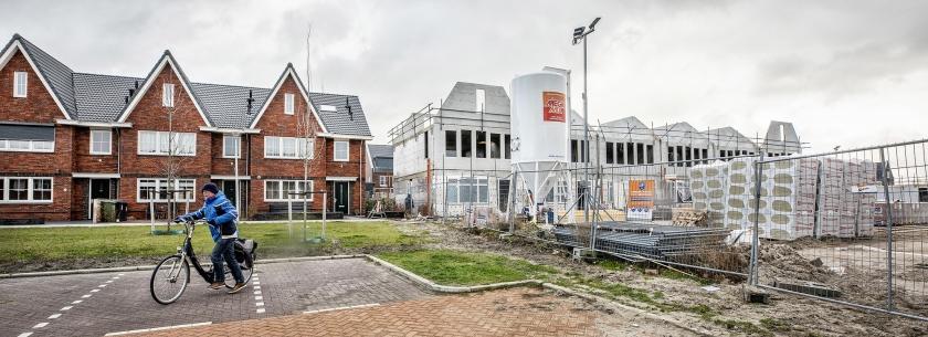 Huizen in de nieuwbouwwijk Woerdblok in Naaldwijk. Westland – waar Naaldwijk onder valt – was vorig jaar een van de gemeenten waar de meeste nieuwbouwhuizen werden gebouwd.  (Raymond Rutting)