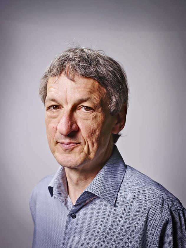 Paul Verhaeghe: 'Goed in je vel zitten, leer je vooral aan in je vroege kinderjaren.'   (Merlijn Doomernik)