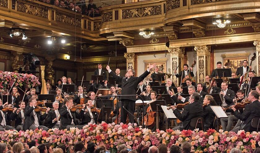 Riccardo Muti dirigeerde voor de vijfde keer het nieuwjaarsconcert van de Wiener Philharmoniker.  (Terry Linke)