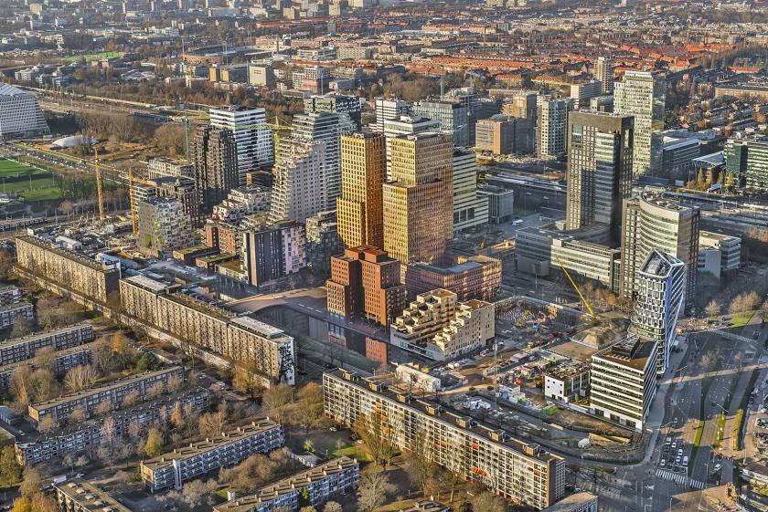 Kantoorpanden op de Zuidas in Amsterdam.  (anp / John Gundlach)