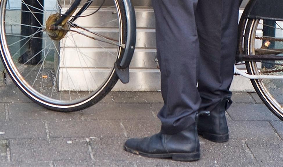 Volgens de Fietsersbond zijn er vaak te weinig plekken voor fietsen in de trein.  (anp / Koen Suyk)