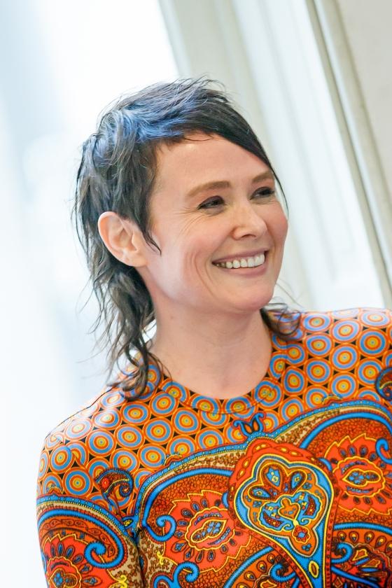 Schrijver Griet Op de Beeck vertelde bij De Wereld Draait Door over hoe haar therapeut haar hielp haar misbruik zich te herinneren.   (levin en paula)