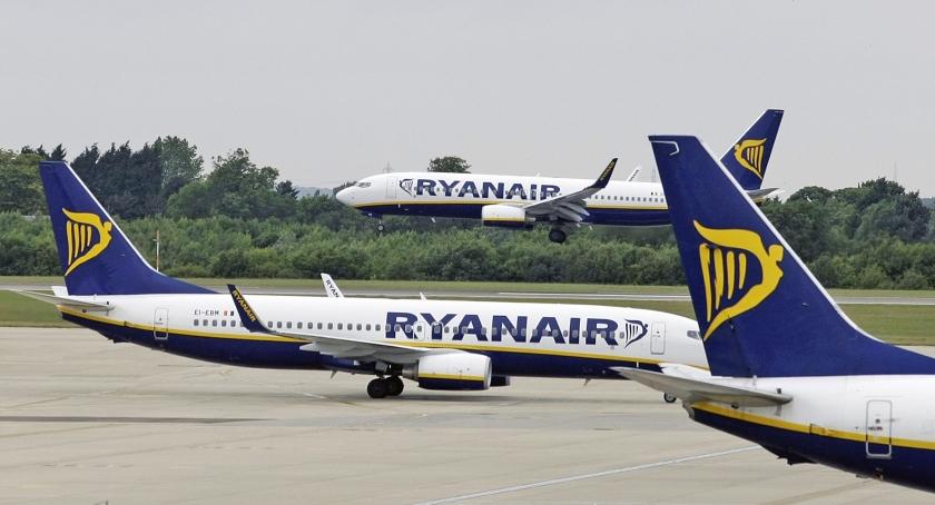 Toestellen van Ryanair op Stansted Airport in Engeland.  (ap / Matt Dunham)