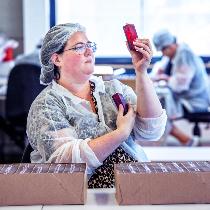 Suzanne van Oort werd zonder sollicitatiegesprek direct aangenomen bij Chain Logistics.   (Raymond Rutting)