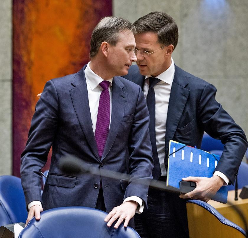 Zijlstra loog over een bezoek aan de datsja van Putin en trad af als minister, mede tot verdriet van premier Rutte.  (Freek van den Bergh)