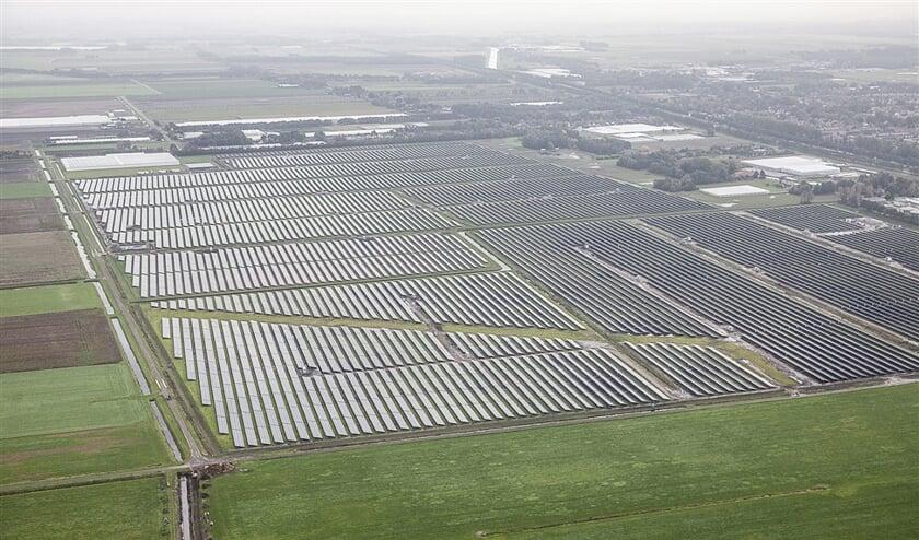 Een van de grote zonneparken die in het noorden zijn verrezen: park Kolham bij Hoogezand.