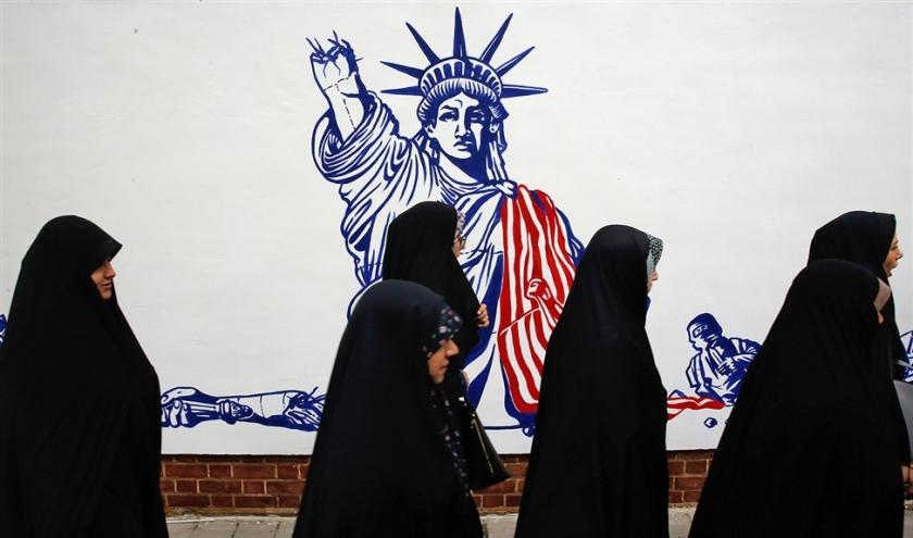 Fotoverslag: Iran viert veertig jaar ambassadegijzeling  (epa en afp)