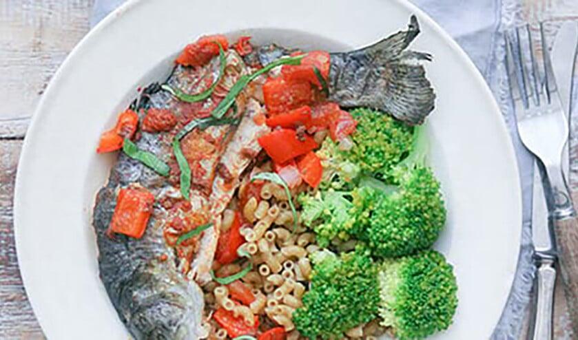 Recept: Forel in Italiaanse tomatensaus  (voedingscentrum)
