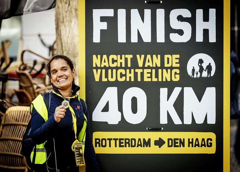 fotoverslag Recordaantal wandelaars voor vluchtelingen  (anp / Robin van Lonkhuijsen)
