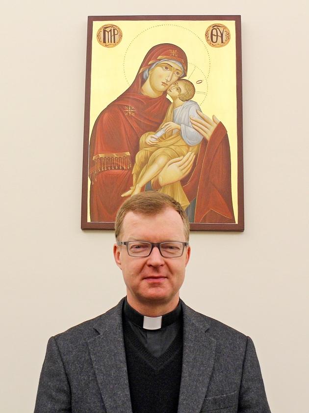 Vele miljoenen kinderen worden seksueel misbruikt, zegt Hans Zollner, priester en psycholoog. 'Die aantallen, daar heeft niemand het over. Niemand interesseert zich ervoor.'   (Debora Dijkstra)