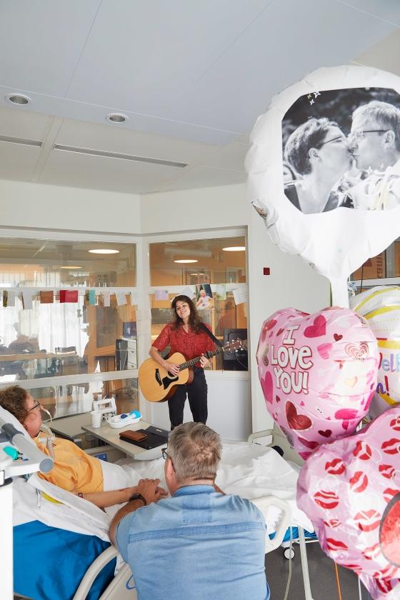 Livemuziek op de intensive care - een deken van rust over de afdeling