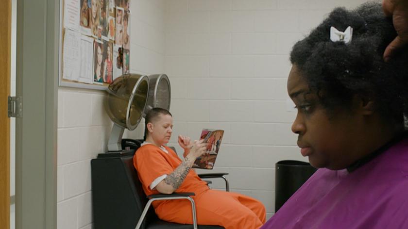 TV-optie: Prison girls - life inside
