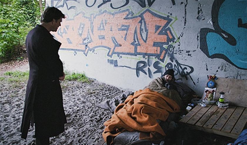 TV Optie: Beau van Erven Dorens geeft vijf daklozen een woning in De sleutel