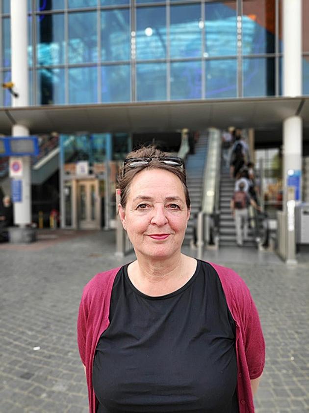 Jane van de Lest.   (nd)
