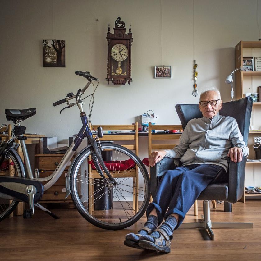 'Als kind al begon ik met het repareren van fietsen.'   (Carel Schutte)
